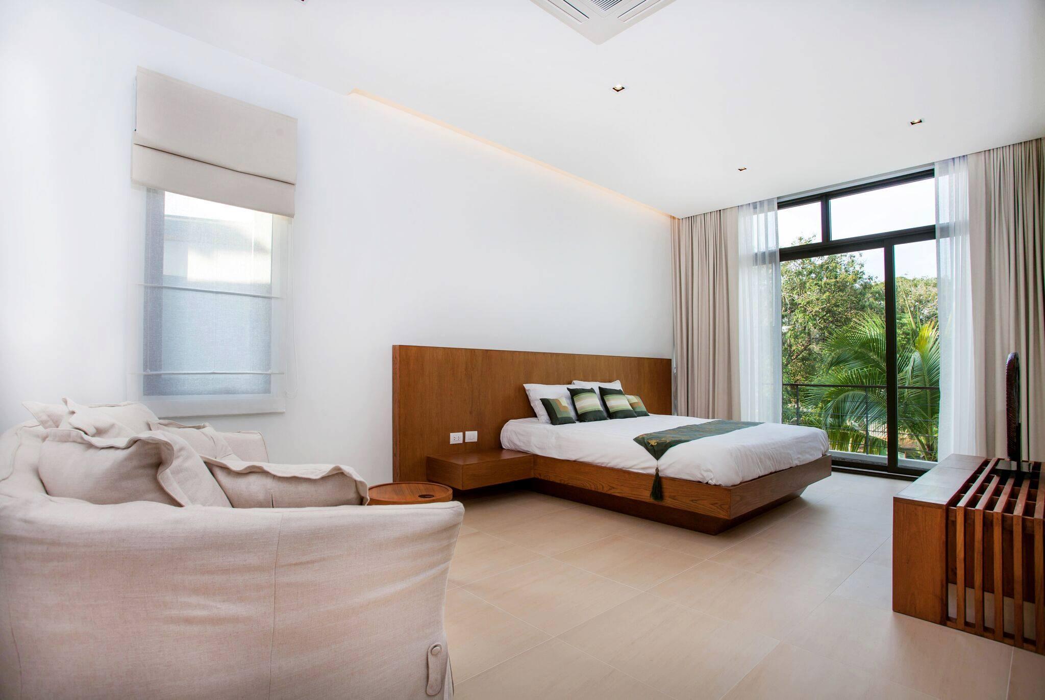 Phuket Real Estate Agency – Nai Harn Beach (44)