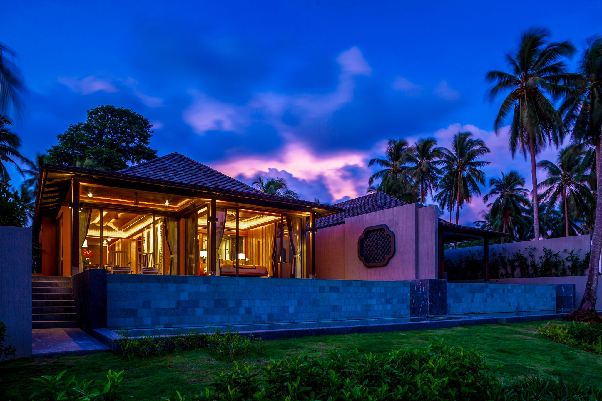 Phuket Real Estate Agency – Natai Beach (1)