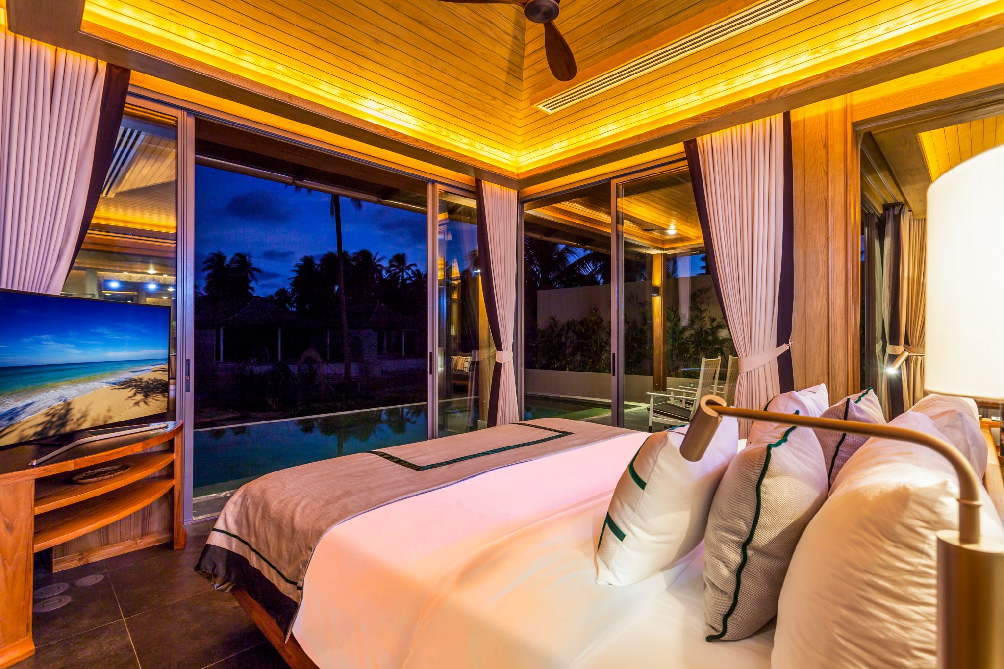 Phuket Real Estate Agency – Natai Beach (3)